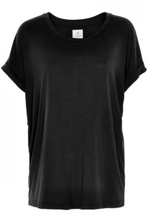 Culture Black Wash Kajsa T-shirt