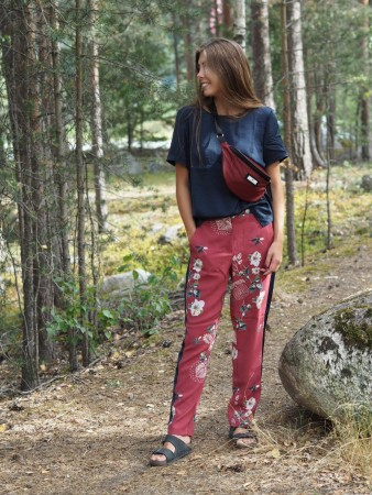 Vila Earth Red Vinahla Keris Pant