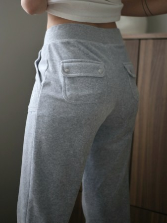 Juicy Couture Grey Marl Del Ray Classic Velour Pant Pocket Design - FORHÅNDSBESTILLING