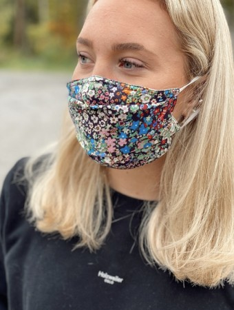 Echo Multi Ditsy Floral Mask